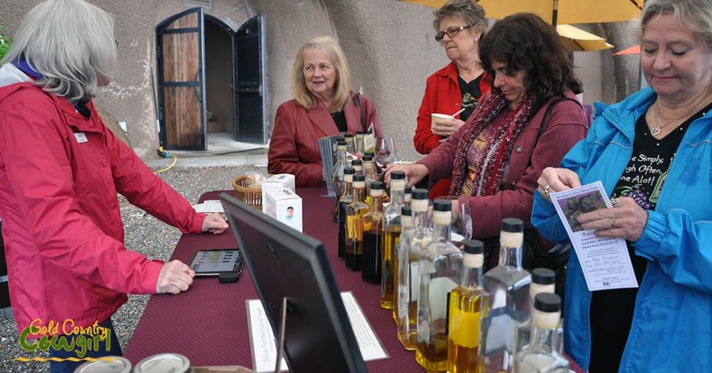 Start on Steiner oil and vinegar tasting Bella Grace 2