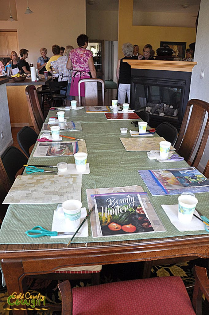 Anje Olmstead class table set with supplies