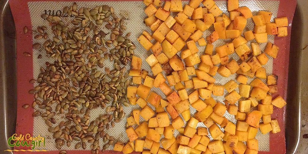 Roasted squash and pumpkin seeds for pasta with pumpkin cream