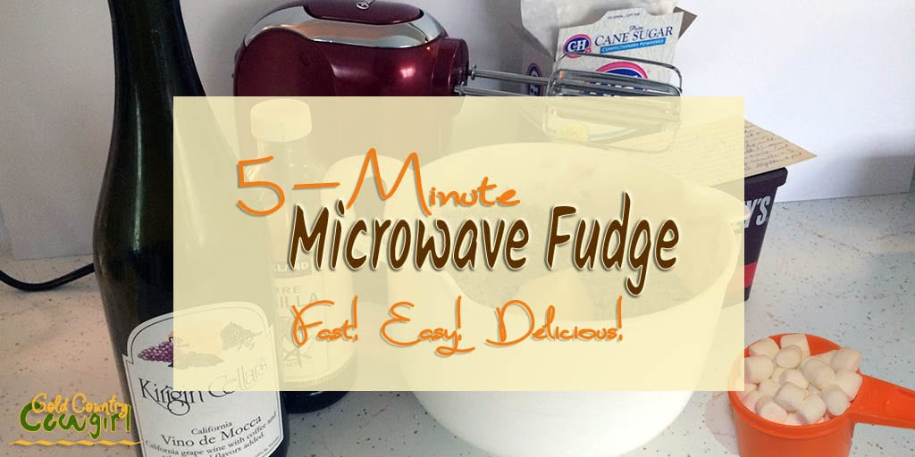 Here is the microwave version of my Vino de Mocca fudge as promised. I think you'll love this quick and super easy microwave fudge.