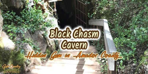 Entrance to cave at Black Chasm Cavern