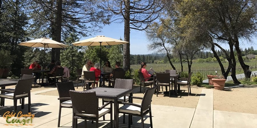 Sentivo Vineyards exterior tables and chairs