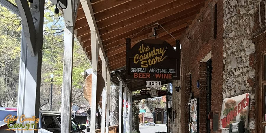 The Country Store Sign - Volcano: Where to Eat, Sleep, Play