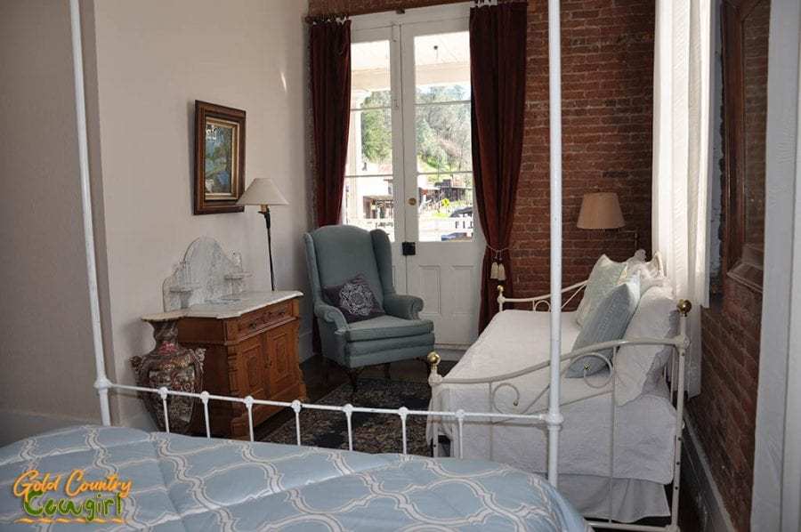 Room in the Imperial Hotel in Amador City
