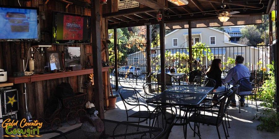 Jamison's Ale House patio