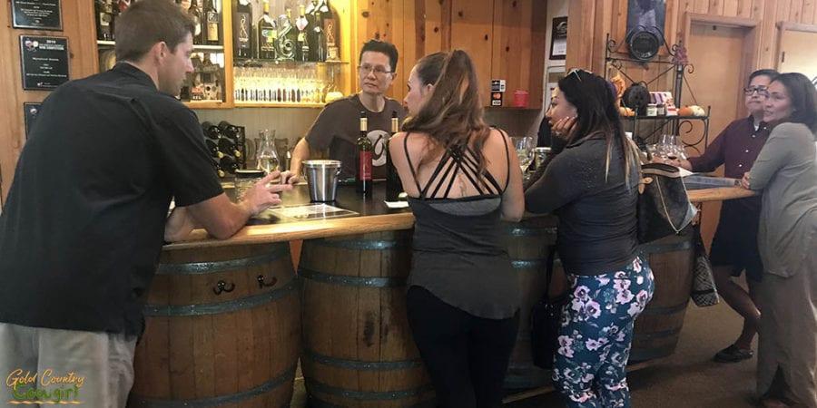 HW winemaker Shaun and pourer Louie