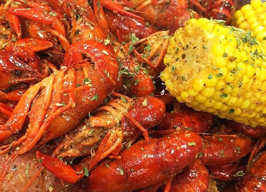 Bucket list worthy things to do in Texas - Beaumont cajun food