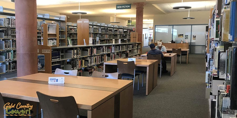 workstations in library