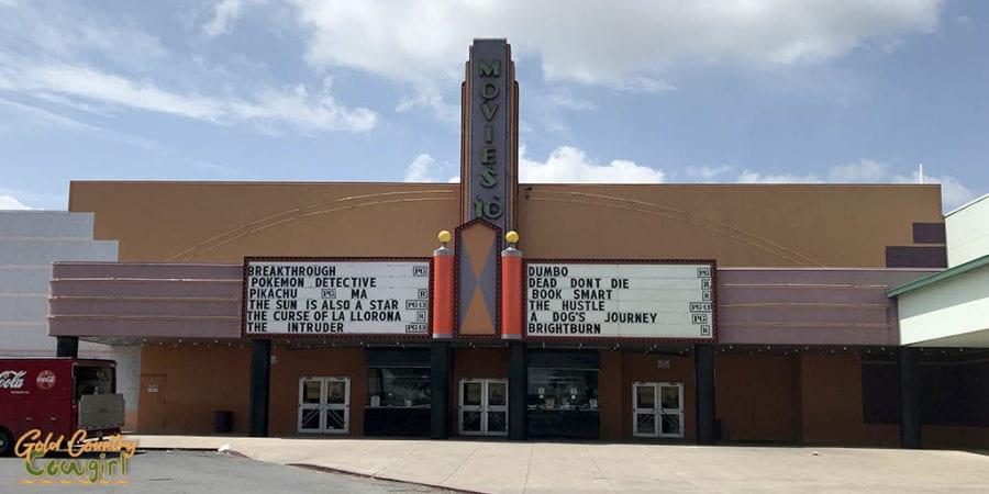 Cinemark 10 movie theater exterior