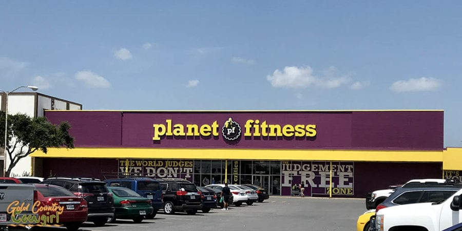 Planet Fitness exterior