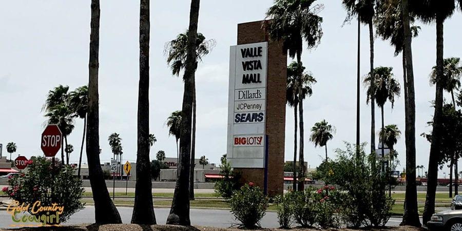 Valle Vista Mall sign