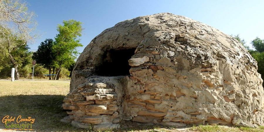 Outdoor oven at La Lomita
